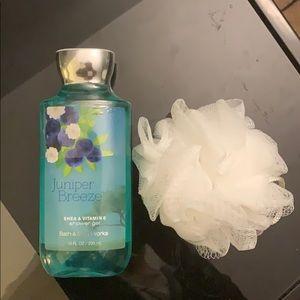 "Bath and body works ""juniper breeze"" shower gel"